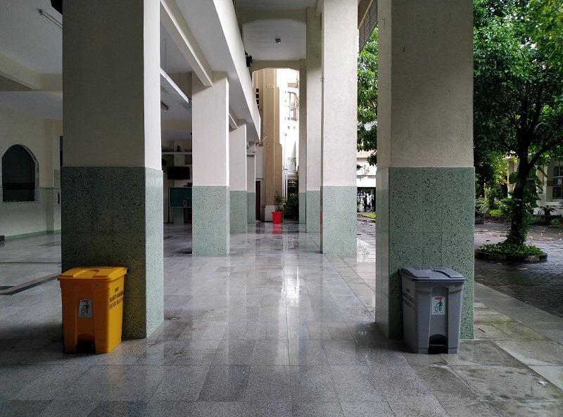 lantai-teraso-grey-classic-02-ruang-utama-sekolah-santa-maria-surabaya