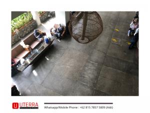 lantai-teraso-abu-ruangan-vintage (1)