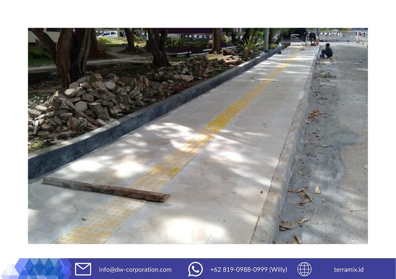 ubin-guiding-block-akses-jalan-disabilitas-universitas-lampung (1)
