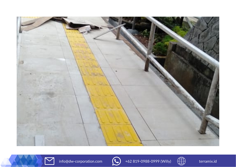 ubin-guiding-block-akses-jalan-disabilitas-universitas-lampung (2)